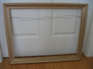 FINE OLD VINTAGE FANCY-GROOVED WOODEN GILT PICTURE FRAME