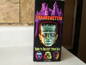 2011 FUNKO WACKY WOBBLER FRANKENSTEIN BOBBLE HEAD London Ontario image 2