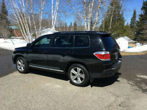 Toyota Highlander sport 4wd 7 places