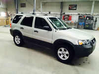 2005 Ford Escape XLT/One Owner/low kms/4x4