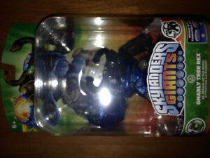 Skylanders Giants Gnarly Tree Rex