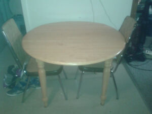 42'' Drop Leaf Table