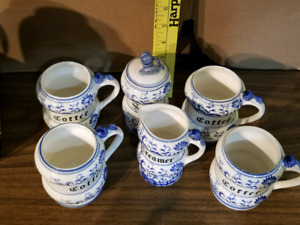 Blue onion 7 piece set with markings