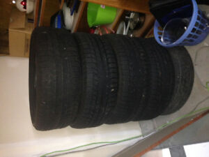 275/55/R20 Michelin Winter Tires less than 20k Kms on them, just