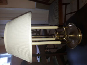Lampe pour table de chevet ou de salon