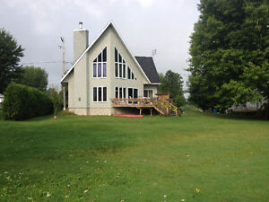 Lacolle Water Front House rental