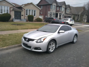 2011 Nissan Altima Coupe 2.5S * Automatic