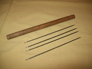 VINTAGE / ANTIQUE KNITTING WOOD TUBE AND  NEEDLES