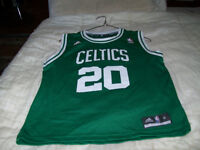 (ATTENTION = LOOK) boston celtics ray allen jersey for sale.