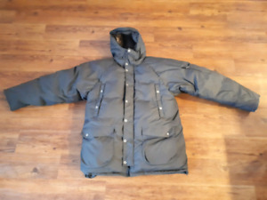 Mountain Equipment Co-Op men's large down filled winter coat