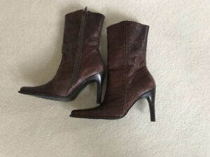 Women's Boots - Size 6