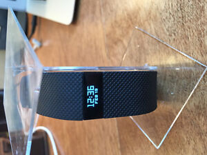Fitbit Charge HR -LIKE NEW