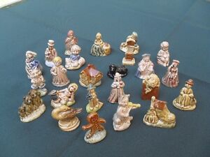 24 Piece small porcelain figurines that came in Red Rose Tea Cornwall Ontario image 1