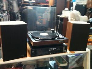 TECHNICS am/fm Receiver -- Speakers and Turntable Included..