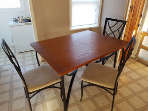 **Need gone table and 4 chairs