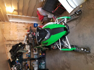 2013 arctic cat m8000 limited