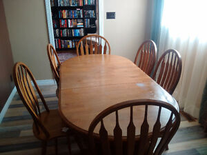 Solid wood dining set w/ 6 chairs