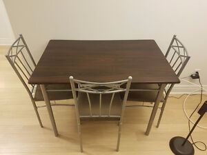 Brown Table Set With 3 Chairs