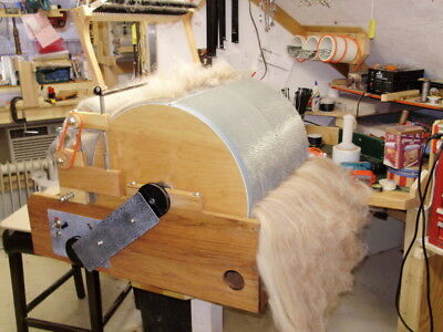 """как выглядит Electric Drum Carder"""" Pro 60"""" Free Roving attachment, limited time offer фото"""