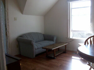 RARE VACANCY!Trent 4BD INCLUSIVE APT ONLY $464ea Avail May Peterborough Peterborough Area image 3