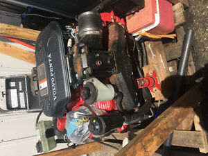 Volvo Penta 5.7 G.I with 280 Volvo leg  with dual popular