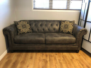 Chesterfield Sofa - Ashley Homestore Hartigan - NEW