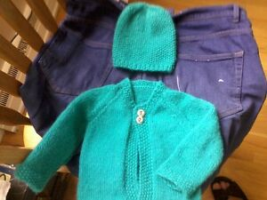 Sweater (cardigan) and hat/Cardigan et chapeau Hand knit NEW