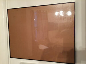 2 metal picture frames