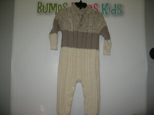 Boy's 18/24 months (baby gap) knitted Romper