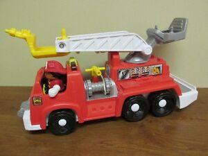 Camion  de pompier sonore et lumineux Fisher-Price