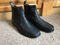 Men's shoes size 11