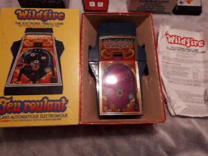 Vintage Wildfire Electronic Handheld Game