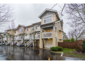 Just Listed: Langley 2 bedroom, 1037 sqft Townhouse