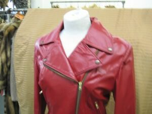 Red leather motorcycle jacket pour femme