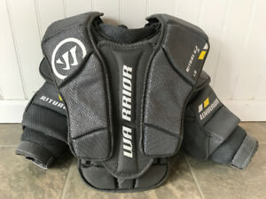 Warrior Ritual G2 Jr goalie chest protector