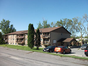 Stirling 2 bedrm Seniors apartments available now