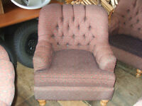 6 LIVING ROOM CHAIRS $20 EACH
