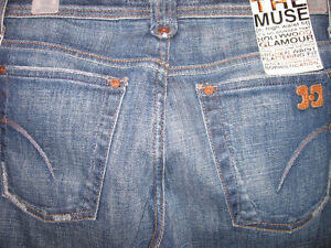 NEW WITH TAGS JOE'S JEANS FLARED JEANS, SIZE 27/34 Kitchener / Waterloo Kitchener Area image 2