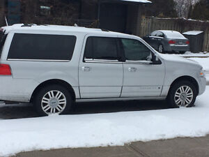 2014 Lincoln Navigator laoded SUV, Crossover