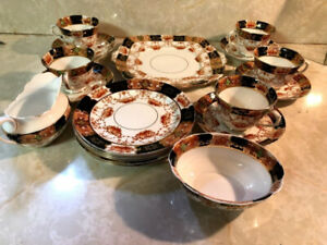 Royal Albert Old Country Roses 20 piece tea set. Good condition.