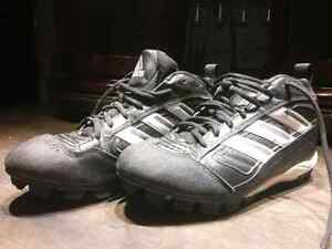 Souliers de baseball shoes Adidas softball 9.5