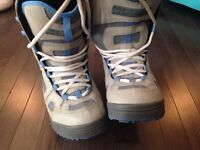EUC Women's 'Limited' snowboard boots size 10
