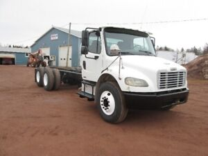 2007 FRT M2-106 Cab & Chassis
