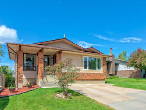 Great Value: 4 Bedroom/3 bathroom Ranchlands home for 419K