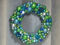 Glitter Ball Wreath in Turquoise, Silver and Green.
