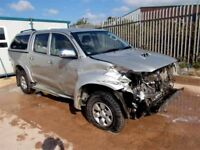 TOYOTA HILUX BREAKING 2009