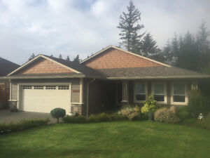Welcome to 2447 Tutor Drive, Comox. 3216 sqft with 1 Bdrm Suite