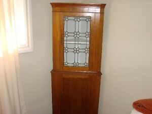 ANTIQUE CORNER DISPLAY CABINET