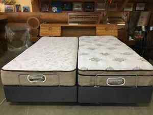 King size beautyrest Westminster 2remotes to lift it to a sittin