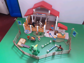 Playmobil large pony stable